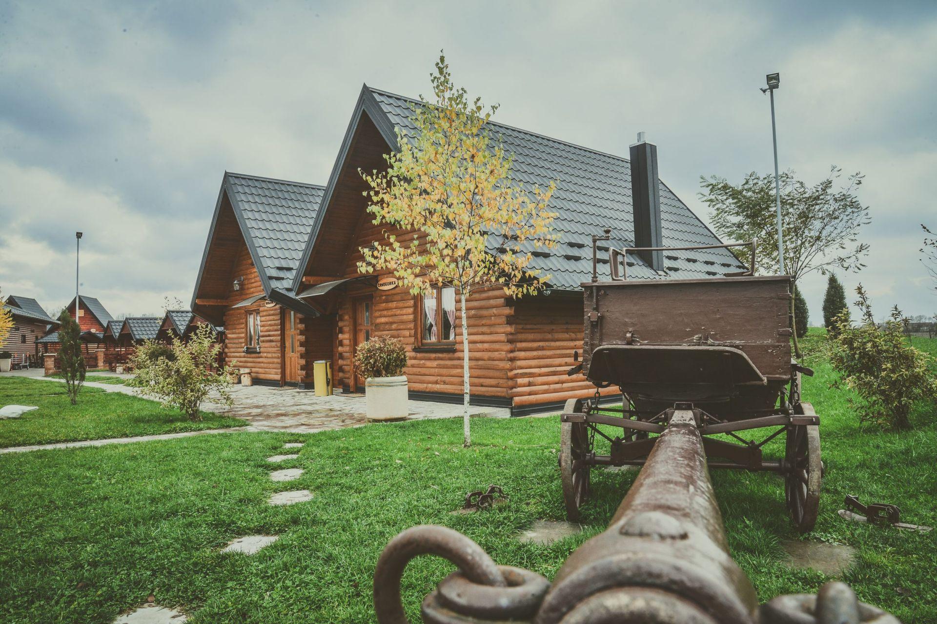 """Etno Selo i svadbeni salon """"BK Oaza"""""""